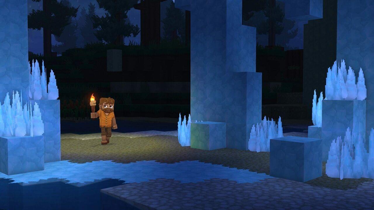 Humain dans une grotte de glace